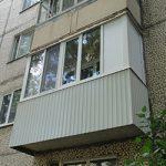 Остекление угловых балконов